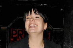Lily Allen : Grosse gueule de bois au lendemain de son anniversaire très arrosé
