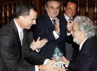 Placido Domingo primé sous les yeux de sa femme Marta par un Felipe chaleureux