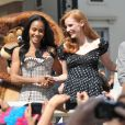 Jada Pinkett Smith et Jessica Chastain lors du photocall de  Madagascar 3 : Bons baisers d'Europe , au Festival de Cannes le 17 mai 2012.