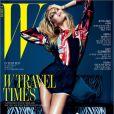 Candice Swanepoel en couverture du magazine  W  Korea de juin 2012. Photo par Mario Sorrenti.