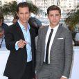Matthew McConaughey et Zac Efron lors du photocall du film Paperboy au Festival de Cannes le 24 mai 2012