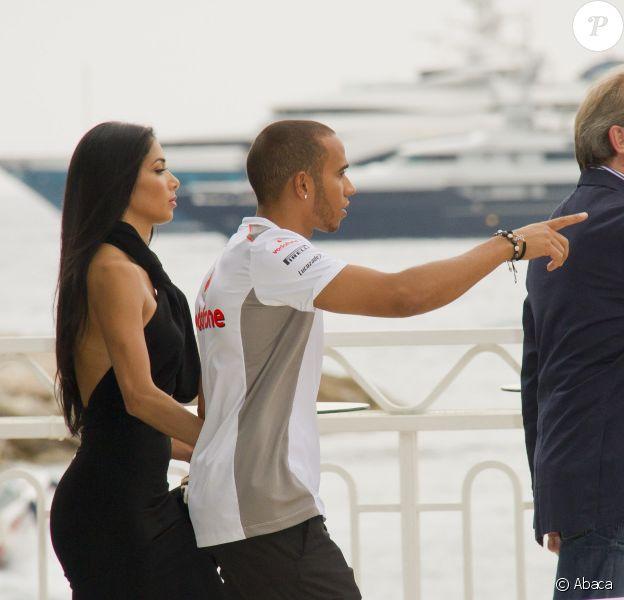 Lewis Hamilton et Nicole Scherzinger surpris à la sortie de la soirée Amber Lounge Fashion Show le 25 mai 2012 à Monaco