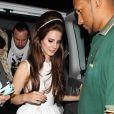 Lana Del Rey arrive à l'El Rey Theater où elle donnera le dernier de ses trois concerts de Los Angeles, le 5 juin 2012.