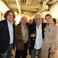 Farid Lahouassa, Jean-François Stévenin, Clotilde Courau et Daniel Angeli au vernissage de son exposition Icônes à la galerie Art District à Paris, le 6 juin 2012.