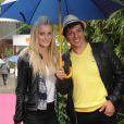 Taïg Khris et sa compagne le 7 juin 2012 à Roland-Garros lors des demi-finales féminines du tournoi qui ont vu Maria Sharapova et Sara Errani se qualifier pour la finale
