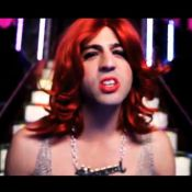 Max Boublil parodie Rihanna, Katy Perry et Lady Gaga : 'Put your sex in the air'