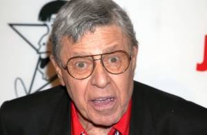 Jerry Lewis hospitalisé après un malaise : La légende ''se porte bien''