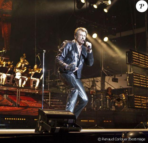 EXCLUSIF : Johnny Hallyday en concert à Genève dans une configuration stade, le 2 juin 2012.
