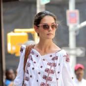 Katie Holmes : Shoppeuse stylée, elle tente de se glisser parmi les anonymes