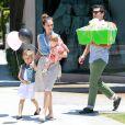 Jessica Alba et son mari amènent leur filles faire du shopping. A West Hollywood, le 23 juin 2012.