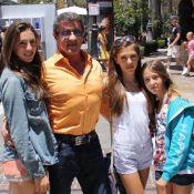 Sylvester Stallone : Moment de complicité avec ses filles, sosies de leur mère
