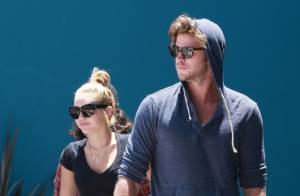 Miley Cyrus, blonde, et Liam Hemsworth : Déjà prêts pour un bébé ?