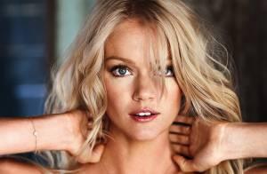 Lindsay Ellingson laisse son charme opérer en lingerie Victoria's Secret
