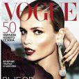 Natasha Poly en couverture de Vogue Russie du mois d'août 2012