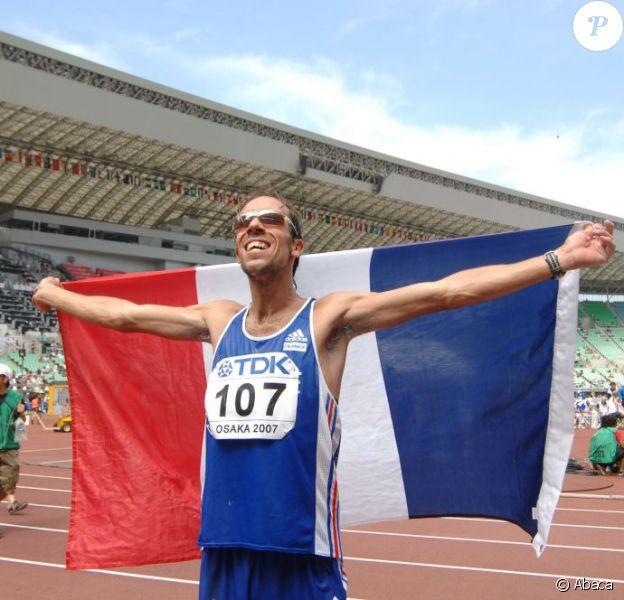 Yohann Diniz le 1er septembre 2007 à Osaka après sa seconde place décrochée sur le 50 km