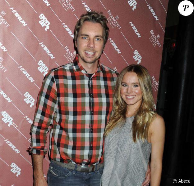 Kristen Bell et son fiancé Dax Shepard à l'avant-première de la comédie Hit and Run, co-réalisée par Dax Shepard. Juillet 2012 à New York.