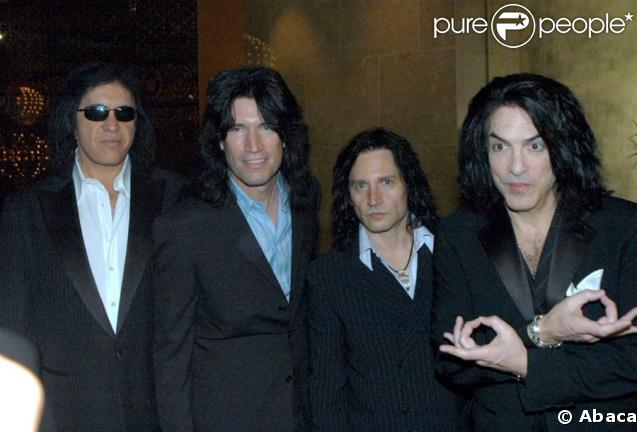 Kiss taille les Daft Punk