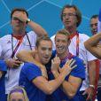 Alain Bernard et Jérémy Stravius ont assisté au triomphe du relais 4x100m nage libre lors des Jeux olympiques de Londres le 29 juillet 2012