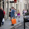 Pierce Brosnan à Paris pour une séance shopping le 4 août 2012