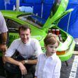 Le prince Henrik, 3 ans, a eu le privilège d'essayer nombre de voitures anciennes lors du Grand Prix historique de Copenhague le 5 août 2012.
