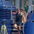 Sylvester Stallone, en pleine balade à bord d'un yacht, sur la Côte d'Azur, le mardi 7 août 2012.