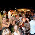 La soirée organisée par Marcel Campion à Saint-Tropez en août se déroulait dans la bonne humeur