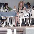 Andy Garcia et Sharon Stone pendant le tournage d'une scène de  What About Love  à Bucarest, le 8 août 2012.