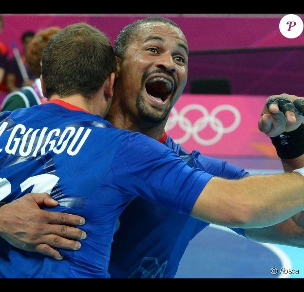 Didier Dinart aux anges ! Grâce notamment à un Thierry Omeyer fantastique, et à un impressionnant volume défensif constant, les handballeurs français ont dominé la Croatie (25-21) vendredi 10 août 2012 en demi-finale du tournoi olympique, aux JO de Londres.