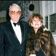 Grégory Peck et sa femme Véronique Passani en 1989 à Paris