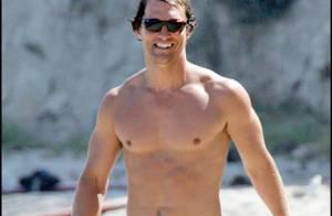 PHOTOS : Matthew McConaughey s'éclate loin de sa femme enceinte...
