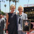 Ellen DeGeneres reçoit son étoile sur le Walk of Fame à Hollywood devant Portia de Rossi, le 4 septembre 2012
