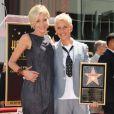 Ellen DeGeneres reçoit son étoile sur le Walk of Fame à Hollywood devant sa compagne Portia de Rossi, le 4 septembre 2012