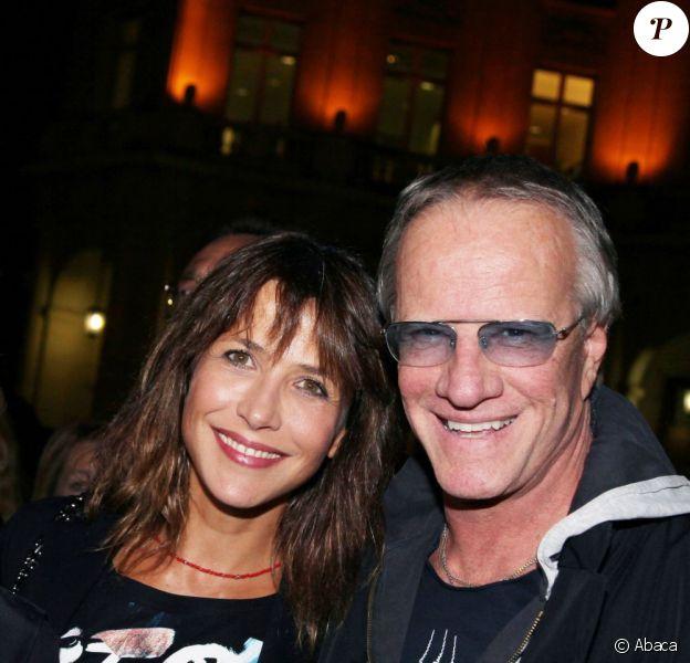 Sophie Marceau et Christophe Lambert lors de la première de la pièce Comme s'il en pleuvait à Paris le 17 septembre 2012