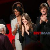 Belle victoire pour Charles Aznavour, Carla Bruni et toutes les grandes voix !
