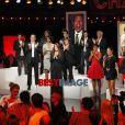 Photos exclusives de Carla Bruni et tous les grands artistes applaudissant Charles Aznavour prises en live sur l'émission Hier Encore diffusée le 29 septembre en prime time sur France 2