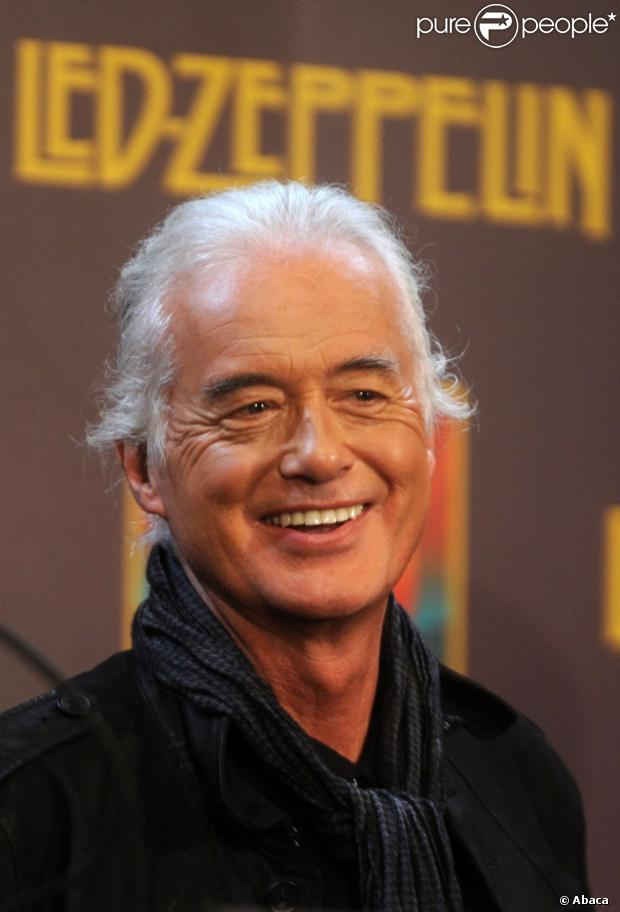 LED ZEPPELIN - Page 3 953316-jimmy-page-attends-the-premiere-of-led-620x0-2