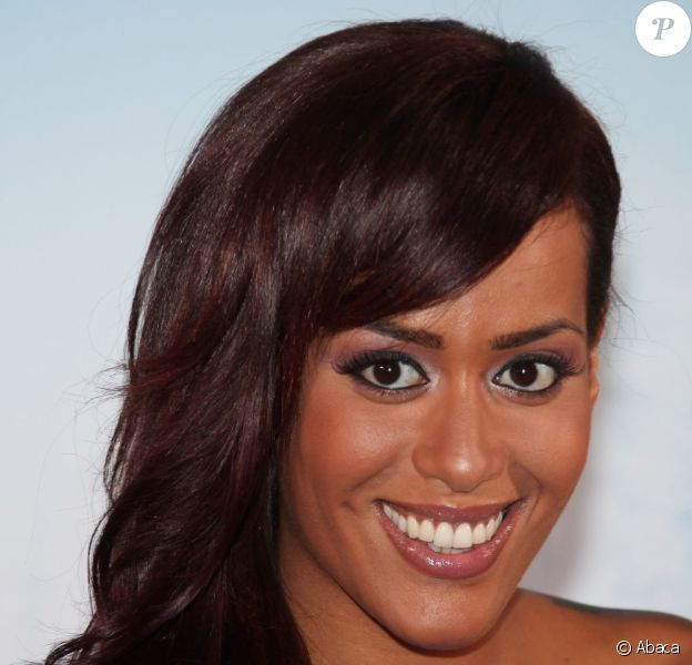Amel Bent à Paris, le 2 octobre 2012.