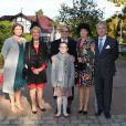Le prince Michael et la princesse Brigitte de Prusse en famille au mariage religieux de la duchesse Rixa d'Oldenburg et Stephan Sanders, samedi 13 octobre 2012 à Hambourg.