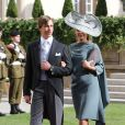 Le prince Louis de Luxembourg et Tessy sortant de la cathédrale Notre-Dame où le prince Guillaume et Stéphanie de Lannoy viennent de se marier, le 20 octobre 2012.