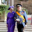 Le prince Henrik de Danemark et la reine Margrethe II de Danemark sortant de la cathédrale Notre-Dame de Luxembourg où le prince Guillaume et Stéphanie de Lannoy viennent de se marier, le 20 octobre 2012.