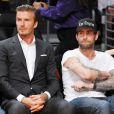 David Beckham et Adam Levine assistent à un match de basket des Lakers, à Los Angeles, le 30 octobre 2012