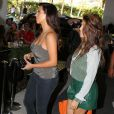 Kim, Kourtney Kardashian et Scott Disick font du shopping à Miami, le 1er novembre 2012.