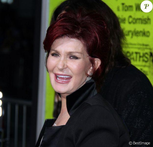 Sharon Osbourne souriante à la première du film Seven Psychopaths à Westwood, le 1er octobre 2012.