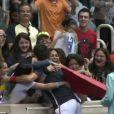 Novak Djokovic a passé quelques jours au Brésil à Rio de Janeiro en compagnie de Gustavo Kuerten, entre match de tennis et de foot, où l'humour et la bonne humeur du Serbe a fait merveille