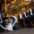 La Française Justine Vilgrain arrive au Bal des débutantes à l'hôtel de Crillon dans une robe Alaïa