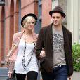 Ashlee Simpson et Vincent Piaza se promènent dans les rues de New York le 24 mai 2012.