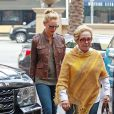 Katherine Heigl et sa mere Nancy Heigl vont dejeuner au restaurant a Beverly Hills, le 9 janvier 2014.  Katherine Heigl takes her mom out for lunch at Montage in Beverly Hills, California on January 9, 2014.09/01/2014 - Beverly Hills
