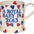 A peine la grossesse de Kate Middleton était-elle annoncé que déjà un mug en l'honneur du futur bébé du duc et de la duchesse de Cambridge faisait son apparition à Londres (4 décembre 2012).