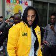 Chris Brown quitte son hotel, a bord d'une Lamborghini blanche, pour se rendre a son concert à Paris, le 7 decembre 2012.