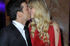 Taïg Khris embrasse fougueusement sa Petra devant un parterre de stars
